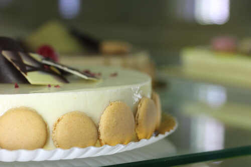 Tarta de chocolate blanco con trufa